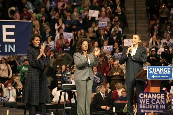 800px-Michelle,_Oprah_Winfrey_and_Barack_Obama