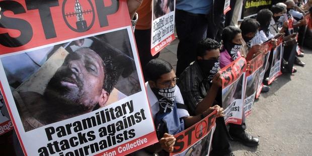 srilanka-journos-feature 01.05.13