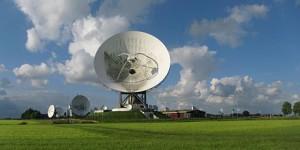 440px-120715_Grondstation_Nationale_SIGINT_Organisatie_(NSO)_Burum_Fr_NL