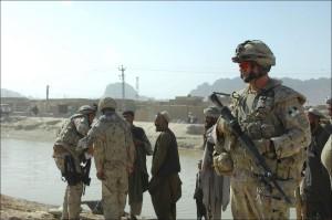 Canadians Patrol Kandahar