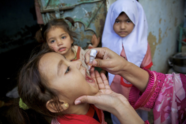 p1121-polio-progress-img2lg
