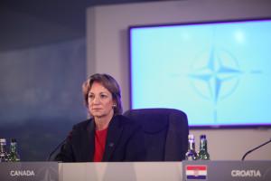 Lynne_Yelich_at_NATO_Summit_Wales