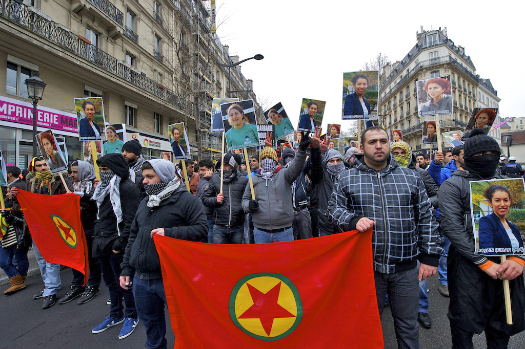 Demonstration_in_Paris_for_slain_PKK_workers