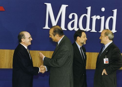 From left to right) Spanish Foreign Minister Abel Matutes, French President Jacques Chirac, Secretary General Solana and French Foreign Minister Hubert Vdrine at NATO's Madrid Summit.